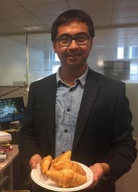 Cinq croissants récupérés dans un hôtel Ibis pour 2,50€. L'occasion d'offrir le petit-déjeuner aux collègues!