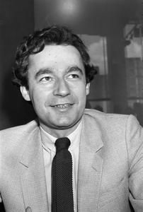 M. Denisot à la Maison de la Radio, en 1979.