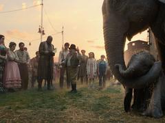 Dumbo: des oreilles et des ailes