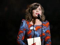 Blanche Gardin refuse d'être décorée en adressant une lettre cinglante à Macron