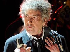 Dylan is Dylan: deux heures de show au Grand Rex sans un mot au public