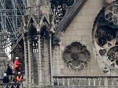 Notre-Dame: après les pompiers, le travail commence pour les experts et les architectes