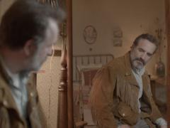 Le Daim de Quentin Dupieux présenté à Cannes: un rôle qui colle à la peau de Jean Dujardin