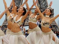 Heiva I Paris, le plus grand concours de danse tahitienne, s'invite au Casino de Paris