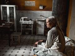 Une grande fille: survivre au siège de Leningrad