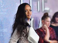 Rihanna annonce un nouvel album reggae et balaye les rumeurs