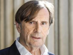 L'écrivain et ancien ambassadeur Daniel Rondeau est élu à l'Académie française