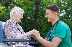 Maladie de Parkinson : des malades s'entraident par la parole et l'écoute