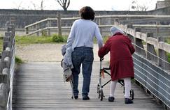 Aidants familiaux : 11 millions de Français accompagnent un proche