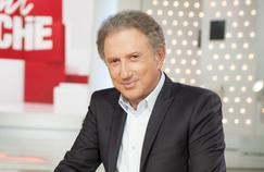 Les célébrités de la télévision fêtent les livres à Marseille