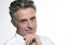 Gérard Holtz revient sur France 3 pour les 25 ans de Tout le sport