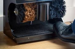 Comparatif: comment choisir sa cireuse à chaussures électrique