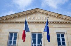 De Mitterrand à Hollande, le nombre de fonctionnaires a augmenté de 40%