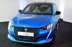 Les professionnels accélèrent leur conversion à la voiture électrique