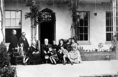 Quand Le Figaro visitait la merveilleuse maison de Victor Hugo à Guernesey en 1878