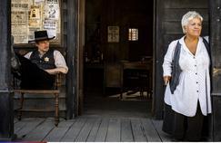Mimie Mathy (Joséphine, ange gardien):«Je me suis crue dans un western de Sergio Leone»