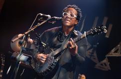 Figaro Live Musique: revivez le concert privé de Blick Bassy, l'ange du Cameroun
