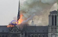 Les théories du complot fleurissent autour de l'incendie de Notre-Dame