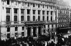 Il y a 100 ans, la journée de travail de 8 heures était adoptée en France