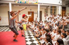 En Argentine, un cirque pour apprendre le recyclage aux enfants