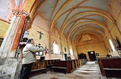 En France, plus de 5000 églises sont menacées de délabrement