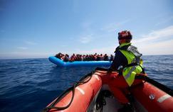 L'«Alarm Phone»: un numéro d'urgence pour les migrants bloqués en mer Méditerranée