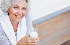 Les produits laitiers aident-ils à lutter contre l'ostéoporose?
