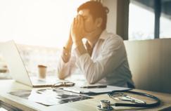 Burn-out et suicides de soignants: combien de drames avant un plan de prévention?