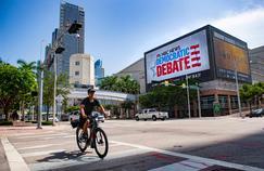 Présidentielle américaine: vingt démocrates sur la scène de Miami