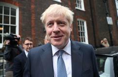Brexit: la stratégie de Boris Johnson entre confusion et provocations