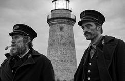 The Lighthouse: Robert Pattinson et Willem Dafoe sombrent dans la folie