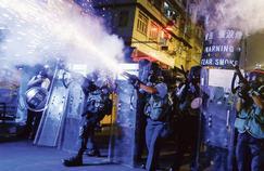 Hongkong: les manifestants refusent de se laisser intimider par les bruits de bottes