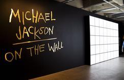 En dépit de la controverse, une exposition sur Michael Jackson ouvre ses portes en Finlande