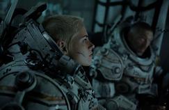 Underwater : Kristen Stewart et Vincent Cassel aux prises avec une terrifiante créature sous-marine
