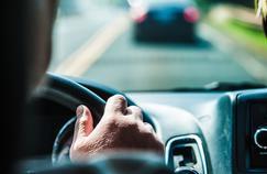 Cannabis au volant: les fumeurs occasionnels moins réactifs que les fumeurs quotidiens