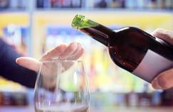 «Mois sans alcool»: des associations organisent le défi de janvier sans l'État