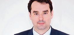 M <sup>e</sup> Jean Merlet-Bonnan, spécialiste en droit public.