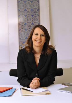 Maître Valérie Piau rappelle l'importance d'envoyer un courrier au chef d'établissement.