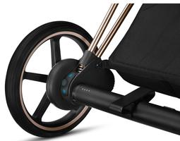 Le moteur électrique près de la roue.