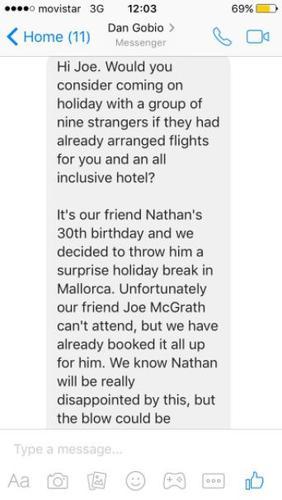 Les message reçu par Joe, l'invitant à partir en vacances avec 9 inconnus.