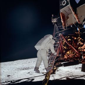A-t-on vraiment marché sur la lune ? - Page 10 XVMe35920b6-9da9-11e9-a593-2920f9a29ac8-290x290