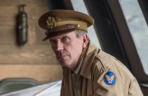 Hugh Laurie revient dans deux séries