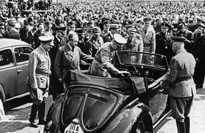 Les Mémoires de l'aide de camp d'Adolf Hitler: un témoignage capital