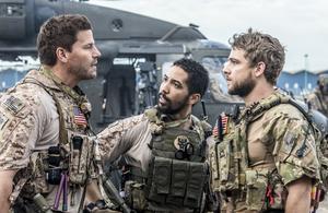 SEAL Team débarque sur W9