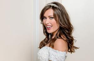 Elsa Esnoult (Les Mystères de l'amour) : «Le public attendait ce mariage!»
