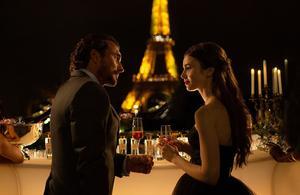 Emily in Paris: visite guidée des lieux de tournage de la série de Netflix