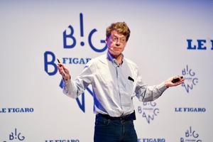 Laurent Alexandre: «L'intelligence artificielle lamine les classes moyennes inférieures avant de guérir le cancer»
