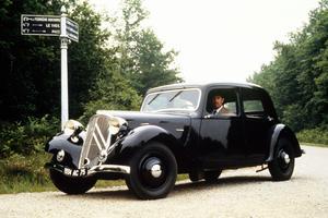 Modèle de collection de la Traction Avant 7S, créée par Citroën en 1934.