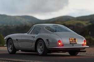 La 250 GT a retrouvé son immatriculation italienne.