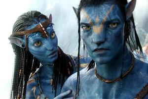 Dans «Avatar», l'ancien marine Jake Sully (Sam Worthington, à droite) s'allie au peuple Na'vi pour défendre la planète Pandora.